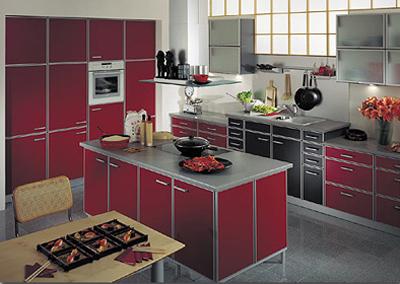 кухня в красных тонах,Дизайн кухни, интерьер кухни, цветовая гамма,цвета холодной гаммы